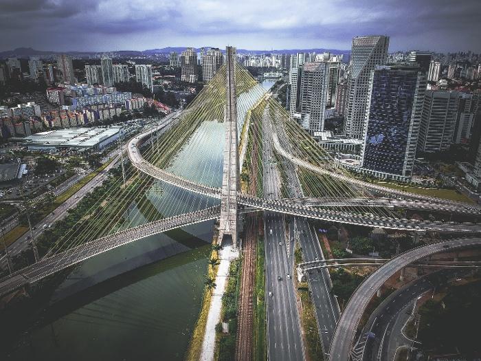 ponte estaiada, brazil